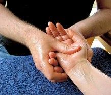 512px-Massage-hand-4